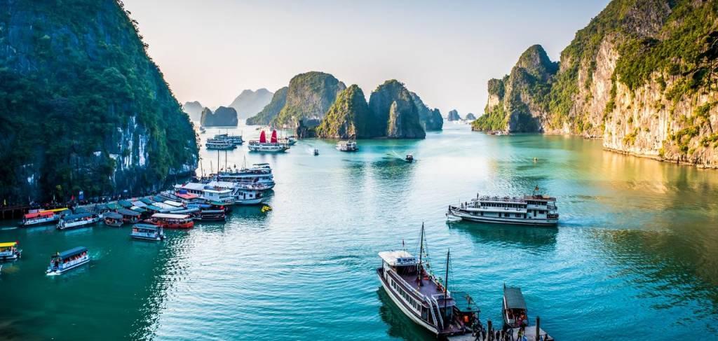 Halong Bay, Vietnam, travel, beard & compass, travel advisor, have travel memories vacations, Destin, Florida, world travel