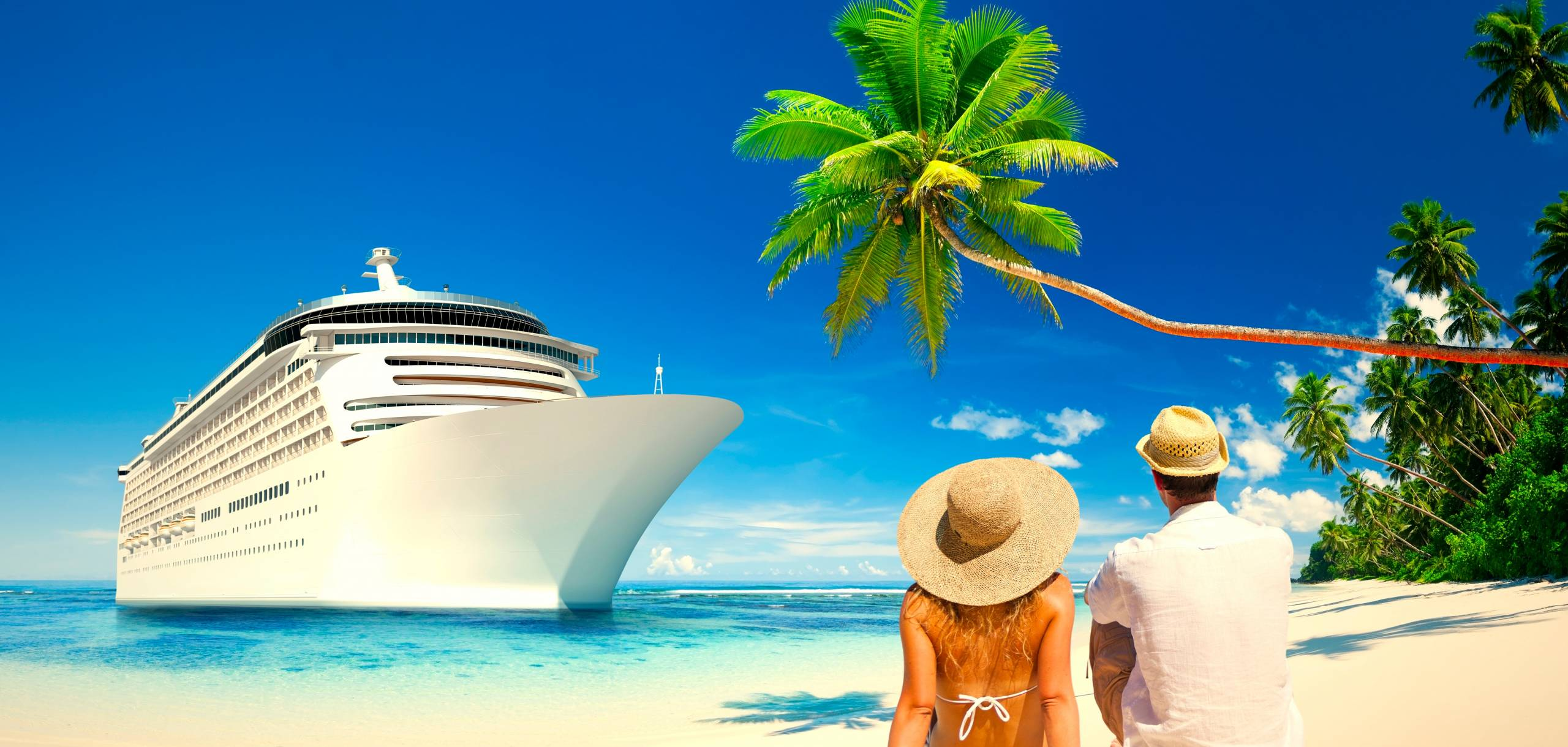 HaveTravel Cruise Ship & Couple